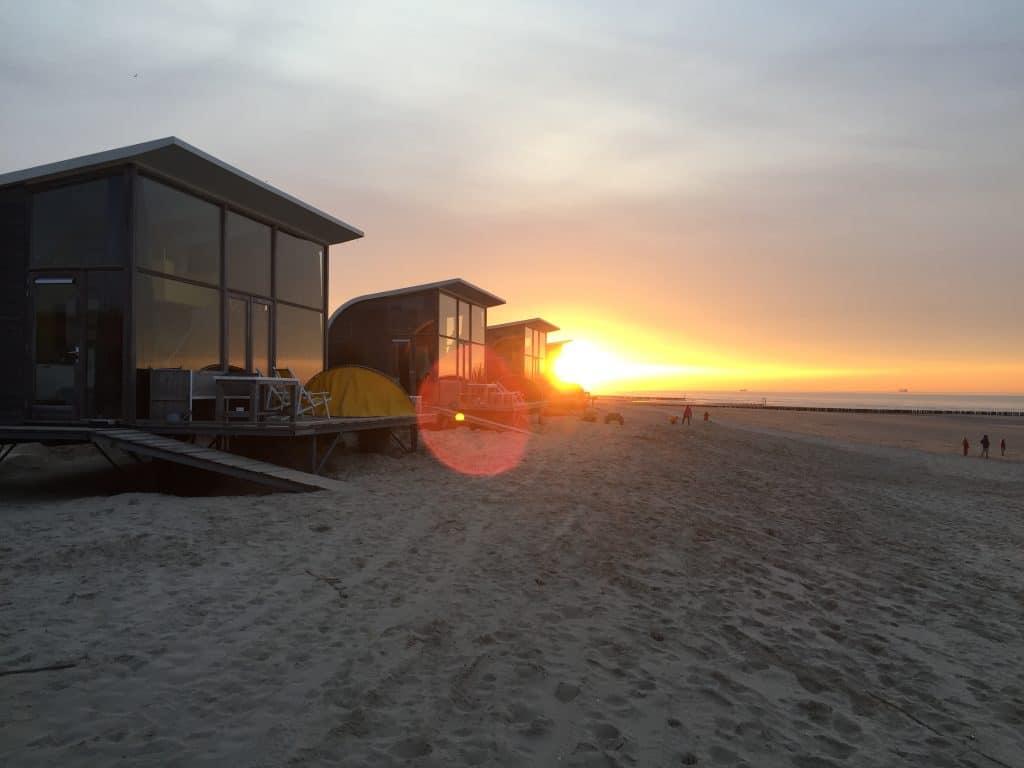 Strandhuisjes Groede Zonsondergang Strand Zeeland
